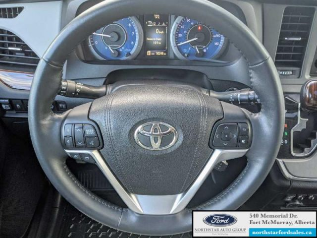 2017 Toyota Sienna XLE AWD 7-Passenger   ASK ABOUT NO PAYMENTS FOR 120 DAYS OAC