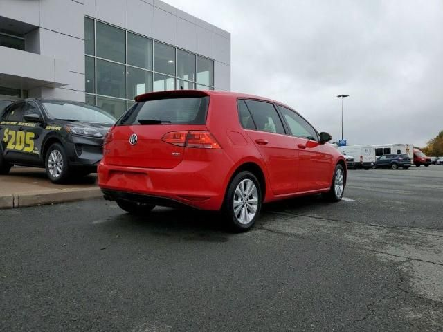 2017 Volkswagen Golf
