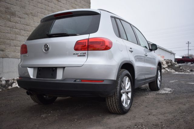 2017 Volkswagen Tiguan Wolfsburg Edition  | AWD | LEATHER