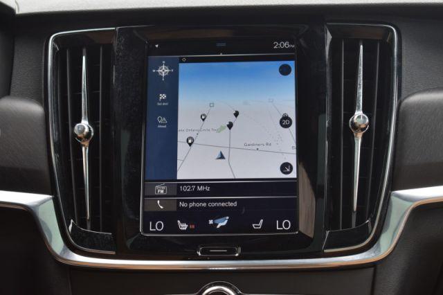 2017 Volvo V90 Cross Country T6 AWD  - Navigation
