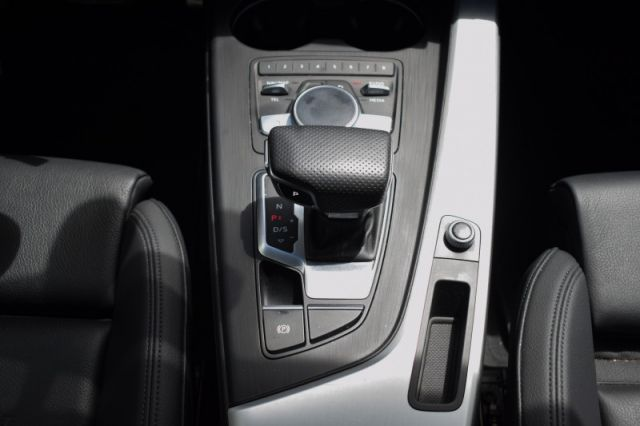 2018 Audi A4 Sedan 2.0 TFSI quattro Progressiv  - $202 B/W