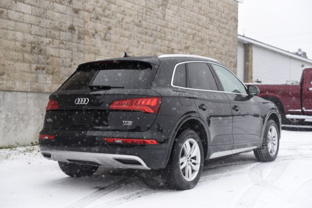 2018 Audi Q5 2.0 TFSI quattro Komfort  | AWD | LEATHER