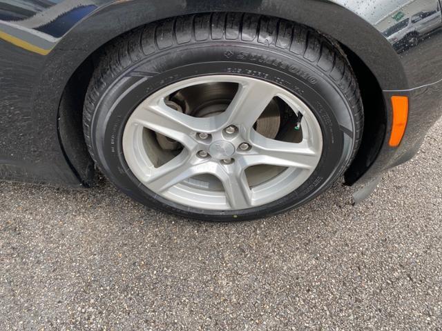 2018 Chevrolet Camaro 2dr Cpe 1LT