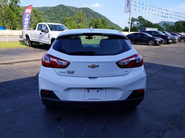 2018 Chevrolet Cruze 4dr HB 1.4L LT w/1SD