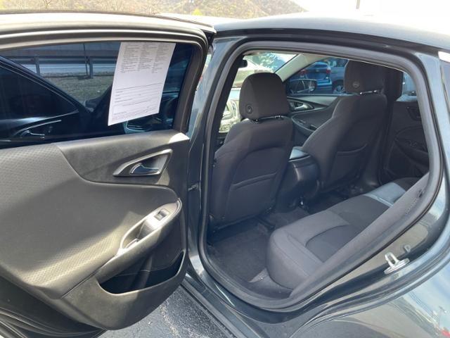 2018 Chevrolet Malibu 4dr Sdn LS w/1LS