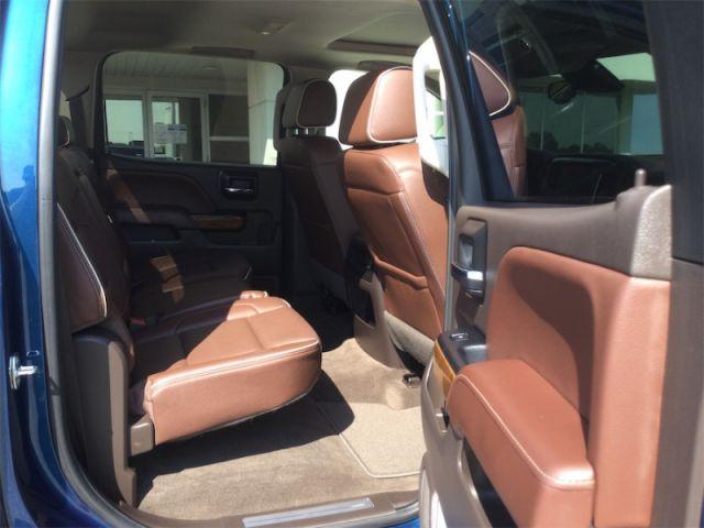 2018 Chevrolet Silverado 1500 High Country  - Navigation