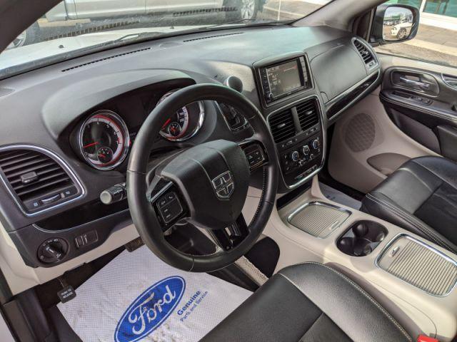 2018 Dodge Grand Caravan SXT  - Dual DVD Headrests