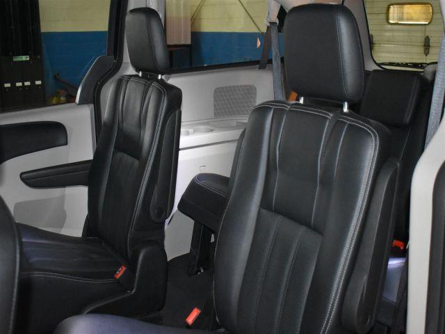 2018 Dodge Grand Caravan CREW PLUS * LEATHER * TOUCH SCREEN * NAV *