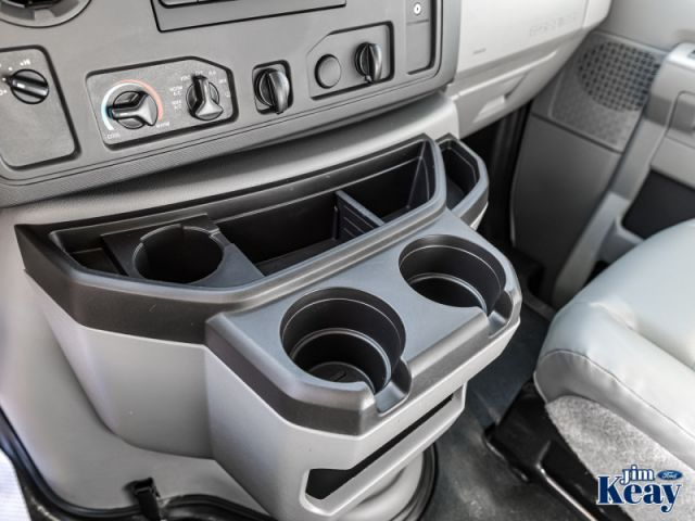2018 Ford Econoline 450 Cutaway E-450 DRW 158 WB