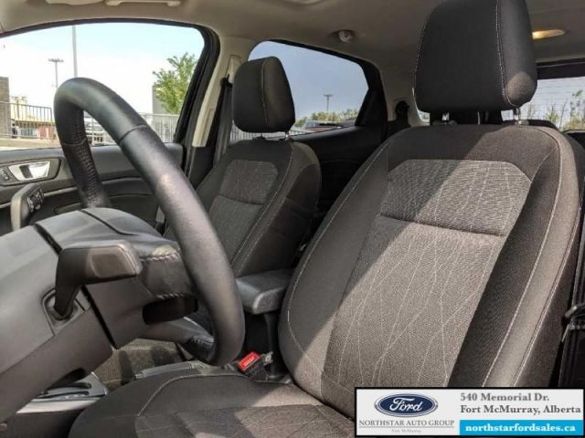 2018 Ford EcoSport SE FWD  |1.0L|Nav|Moonroof|Low Mileage