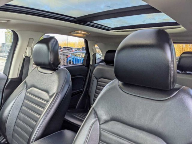 2018 Ford Edge SEL AWD  |2 YEARS / 40,000KMS EXTENDED POWERTRAIN WARRANTY INCLU