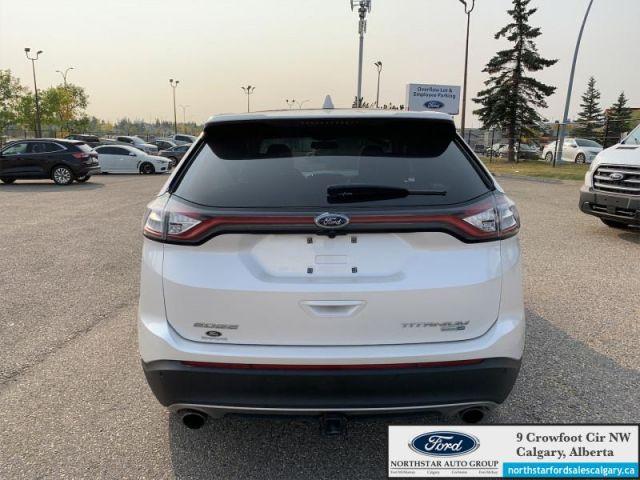 2018 Ford Edge Titanium  |MOONROOF| NAV| HEATED AND COOLED SEATS| HEATED WHEEL|