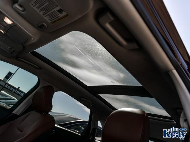 2018 Ford Edge Titanium  Demo - Leather Seats -  Bluetooth