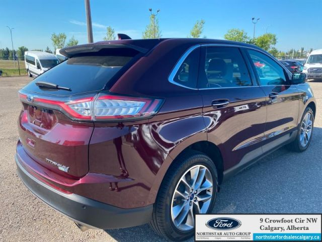 2018 Ford Edge Titanium   MOONROOF  NAV  HEATED & COOLED SEATS  ADAPTIVE CRUISE