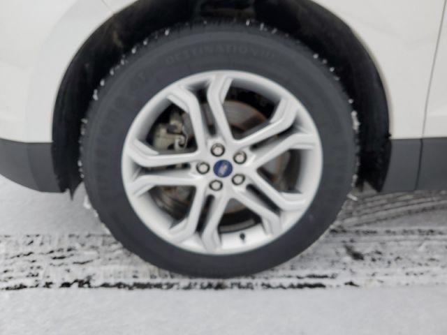 2018 Ford Edge Titanium  $145 / wk