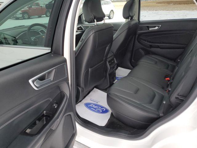 2018 Ford Edge Titanium  $135 / WK