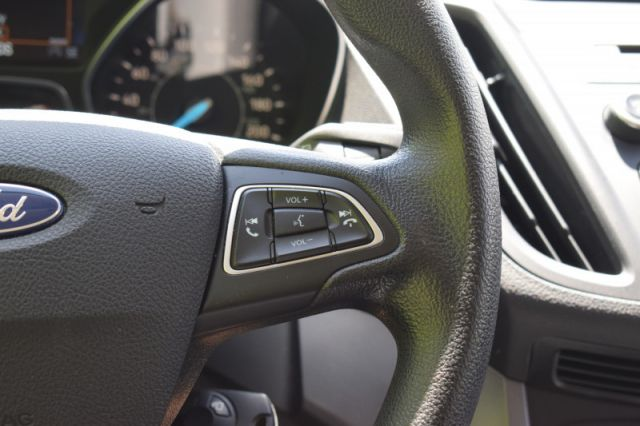 2018 Ford Escape SE  | HEATED SEATS | BACK UP CAM |