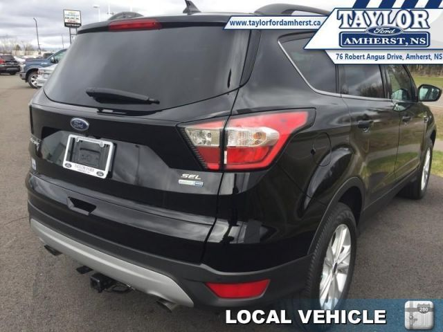 2018 Ford Escape SEL  - Local - One owner - Trade-in - $87.60 /Wk