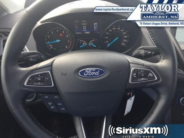 2018 Ford Escape SEL  - Local - One owner - Trade-in - $86.03 /Wk