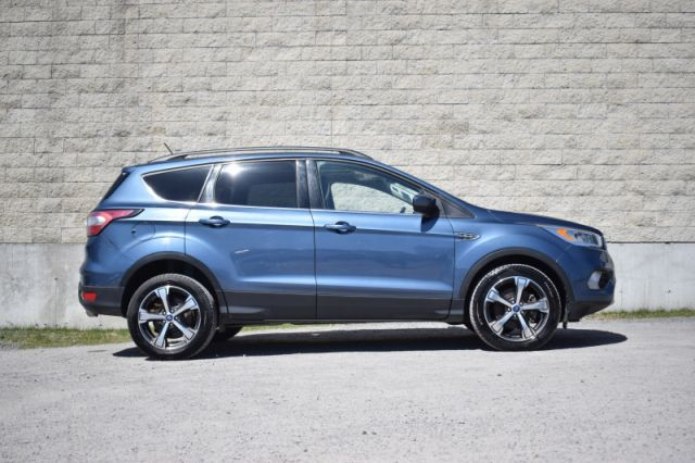 2018 Ford Escape SEL  | MOONROOF | DUAL CLIMATE |