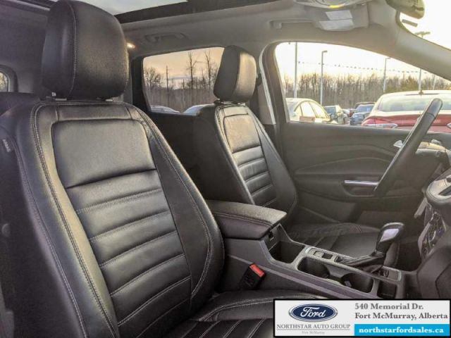 2018 Ford Escape SEL  |1.5L|Rem Start|Nav|Panoramic Vista Roof|Low Mileage