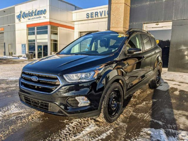 2018 Ford Escape Titanium 4WD  |UP TO $10,000 CASH BACK O.A.C