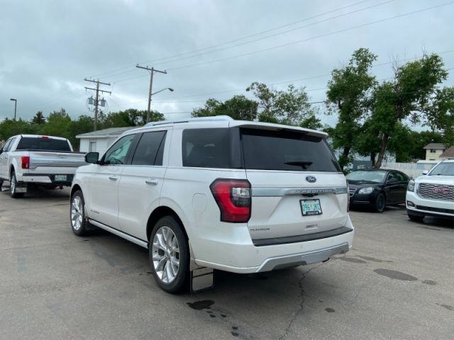 2018 Ford Expedition PLATINUM 4X4  Low ks- Loaded and then some!!