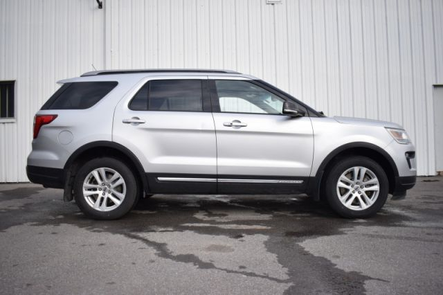 2018 Ford Explorer XLT  | 4WD | 3RD ROW
