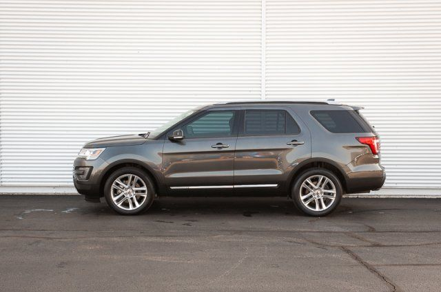 2018 Ford Explorer XLT / LEATHER HEATED SEATS / REMOTE START / BACK UP CAM