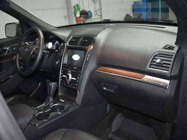2018 Ford Explorer LIMITED * LOW KMS * LEATHER *