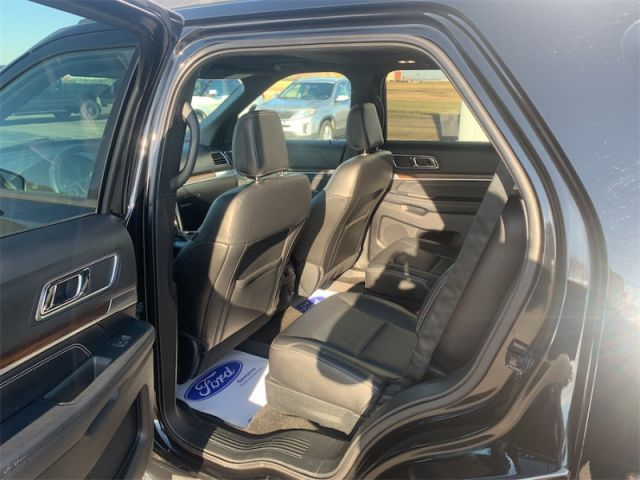 2018 Ford Explorer Limited  $179 / WK