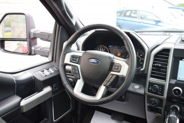 2018 Ford F-150 Lariat    HEATED & COOLED SEATS   LEATHER   MOONROOF  
