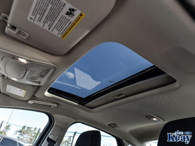 2018 Ford Focus SEL  - Navigation