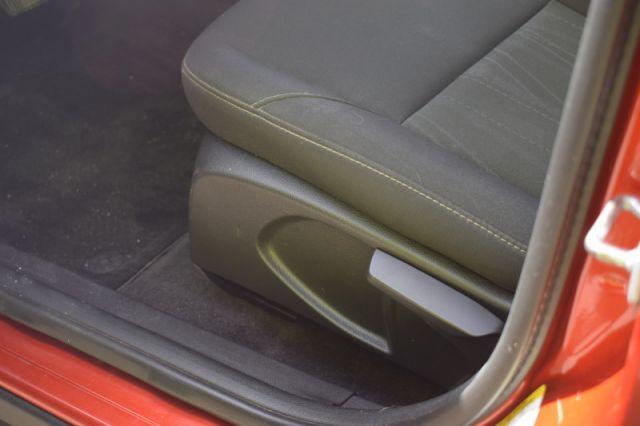 2018 Ford Focus SE    HEATED SEATS & WHEEL   BACKUP CAM  