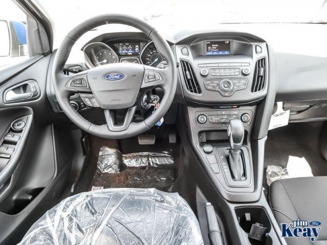 2018 Ford Focus SE  Demo - Low Mileage