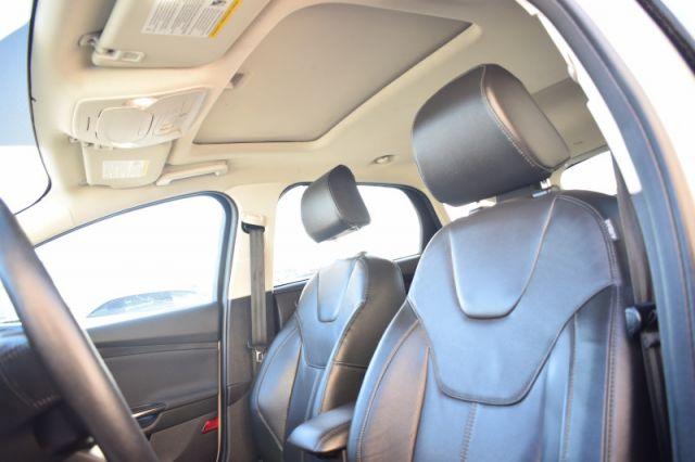 2018 Ford Focus Titanium  SUNROOF | LEATHER | BACK UP CAM