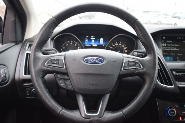 2018 Ford Focus Titanium  | LEATHER | SUNROOF |