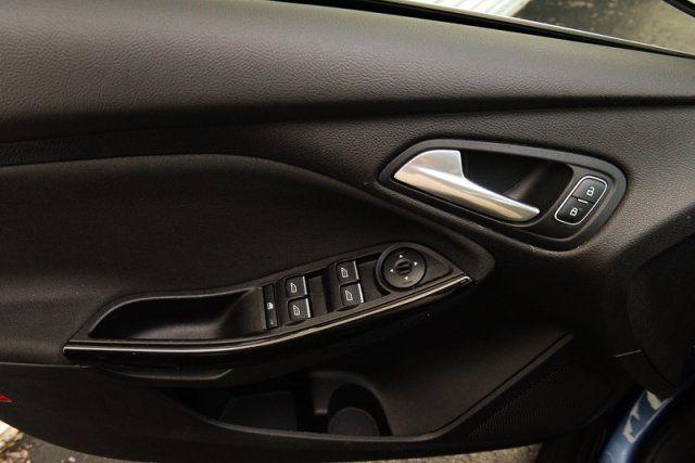 2018 Ford Focus Titanium / BACK UP CAM / MOONROOF / LEATHER