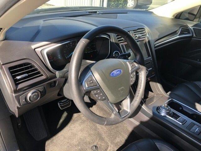 2018 Ford Fusion Energi Titanium FWD