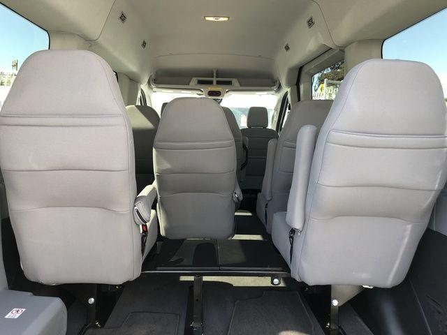 2018 Ford Transit Passenger T-150 130 Med Roof XLT Sliding RH