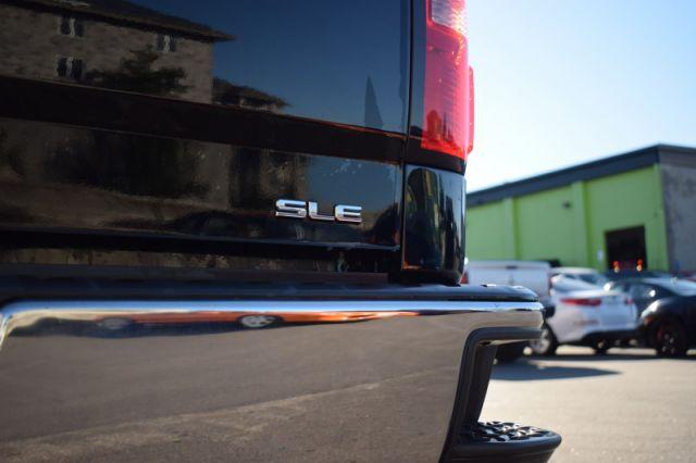 2018 GMC Sierra 1500 SLE    TONNEAU COVER   DUAL CLIMATE  