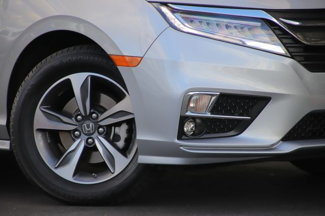 2018 Honda Odyssey Touring Passenger Van