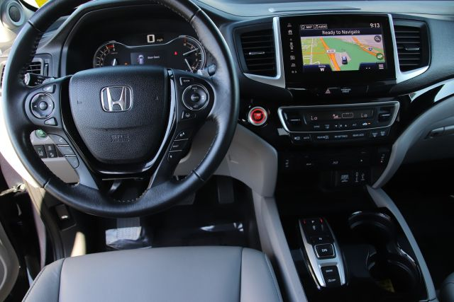 2018 Honda Pilot Touring Sport Utility