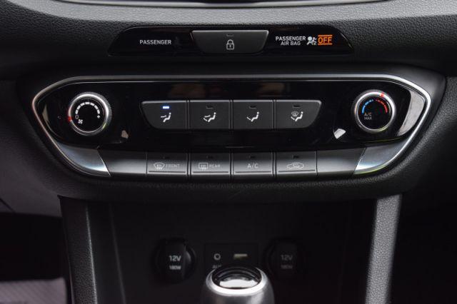 2018 Hyundai Elantra GT GL Auto  |  BACK UP CAM | BLIND SPOT MONITORING