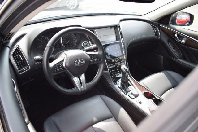 2018 INFINITI Q50 3.0t Luxe AWD  SUNROOF | AWD | LEATHER | NAV | HEATED SEATS | CR