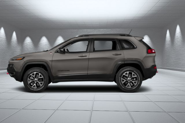 2018 Jeep Cherokee Trailhawk  -  Leather Seats