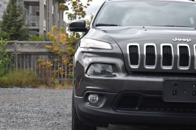 2018 Jeep Cherokee North  - Bluetooth -  Fog Lamps