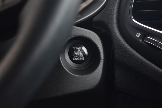2018 Jeep Compass Sport  | HEATED SEATS & WHEEL | BACKUP CAM |