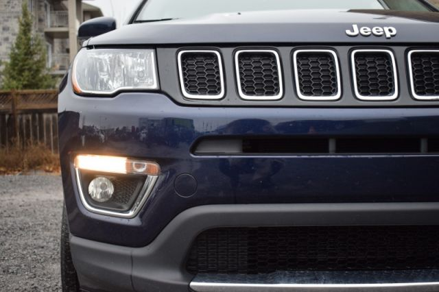 2018 Jeep Compass Limited  4X4   LEATHER