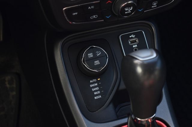 2018 Jeep Compass Trailhawk  - Leather Seats -  Bluetooth